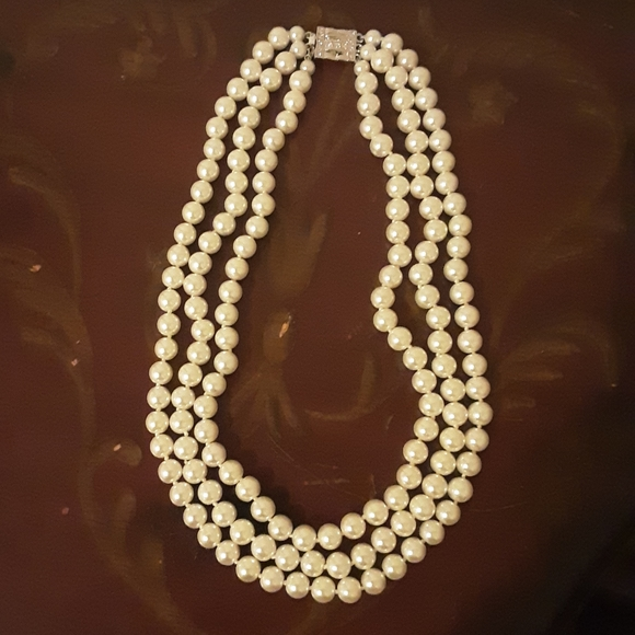 Triple strand faux pearl necklace
